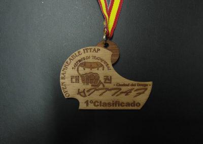 medalla-madera